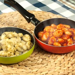 Διλογία απο gnocchi πατάτας με σως pesto τομάτας και βασιλικού
